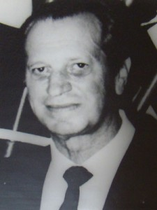 Dr José Edgard Simon Alonso